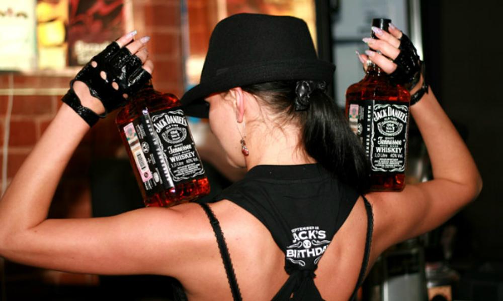 Две ангарские мамочки получили по году за кражу… виски!