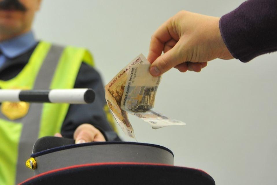Задержан за дачу взятки