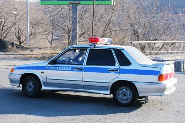 В Ангарске двое украли полицейскую форму и подожгли автомобиль