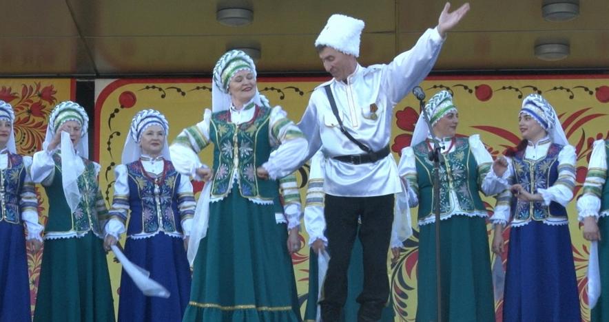 Праздничная программа «Русская душа»12 июня собрала сотни ангарчан