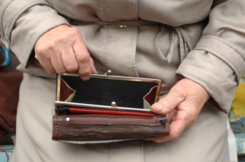 В Ангарске 15-летняя девочка обокрала пенсионерку