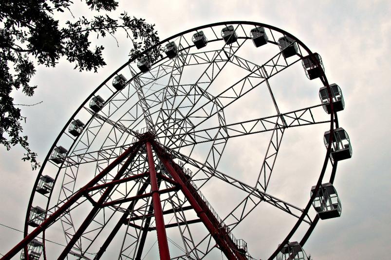 Свершилось чудо: колесо обозрения запустили на острове Конном в Иркутске(видео)