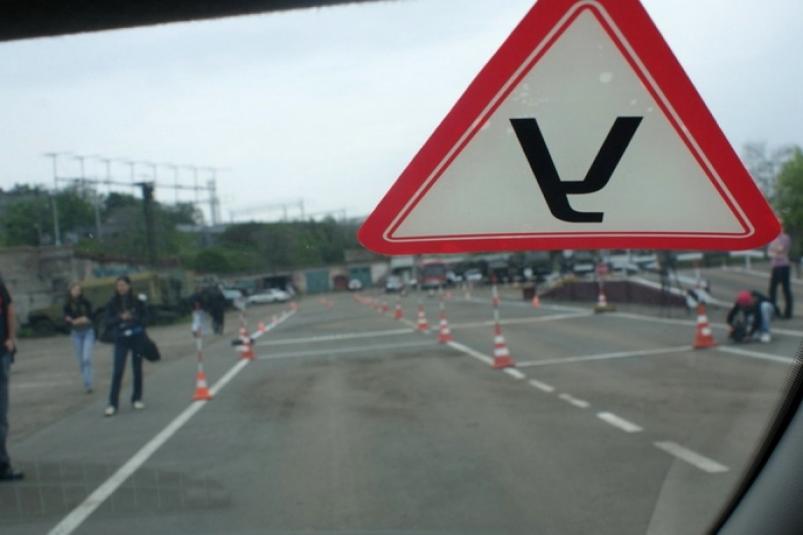Новые трудности ждут будущих водителей: стали известны подробности сдачи на права