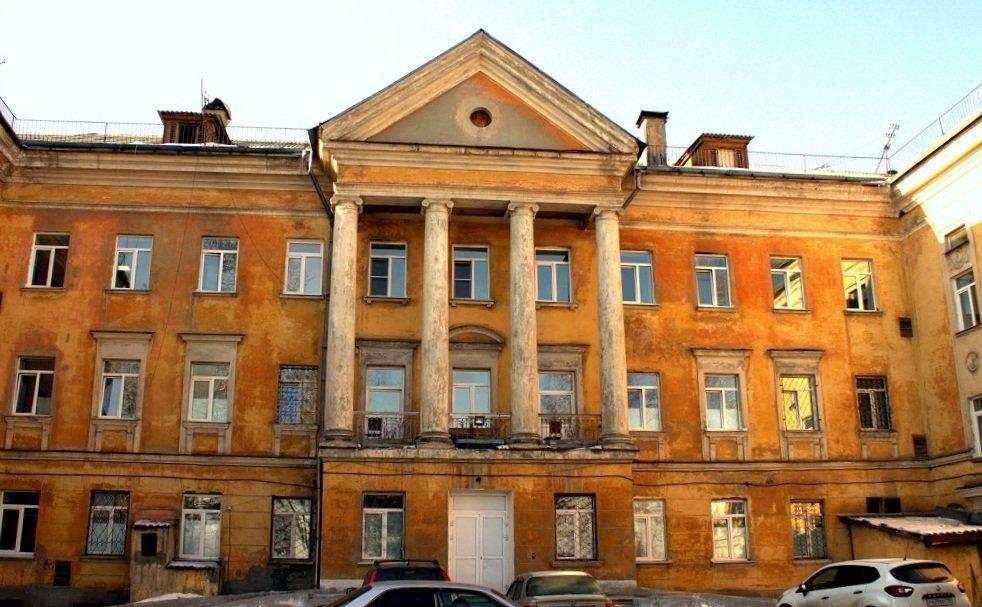 Ангарскую горбольницу №1 закончат благоустраивать в 2019 году