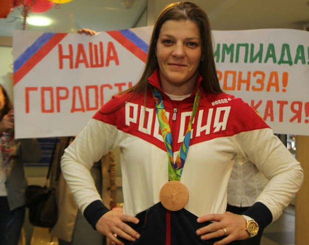 Ангарчанка взяла золото на международном турнире по борьбе