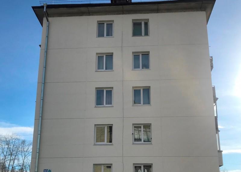 Ремонтные работы фасада дома № 36 в 10 микрорайоне приняты без претензий