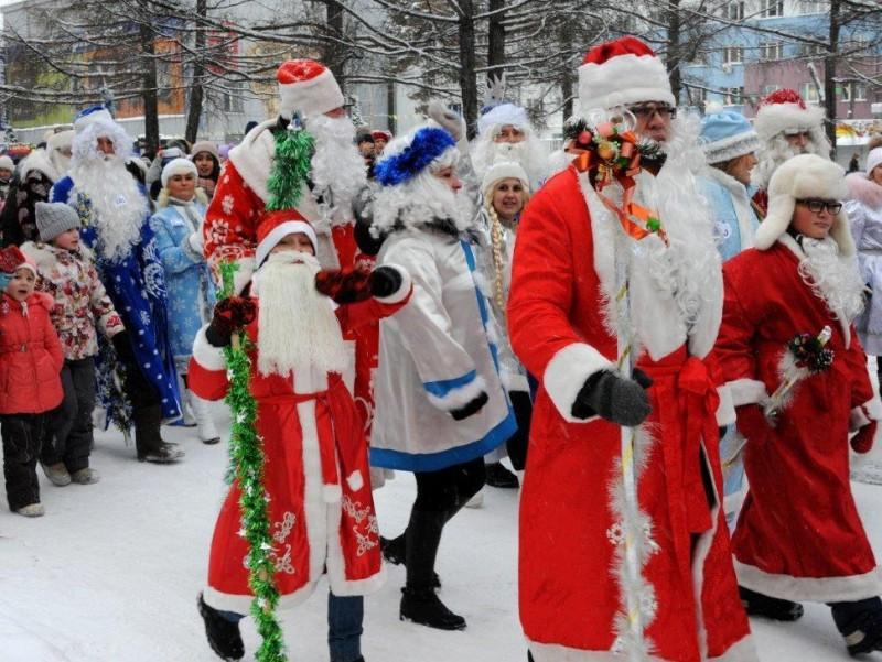 Шестой парад Дедов Морозов и Снегурочек пройдет в Ангарске 22 декабря