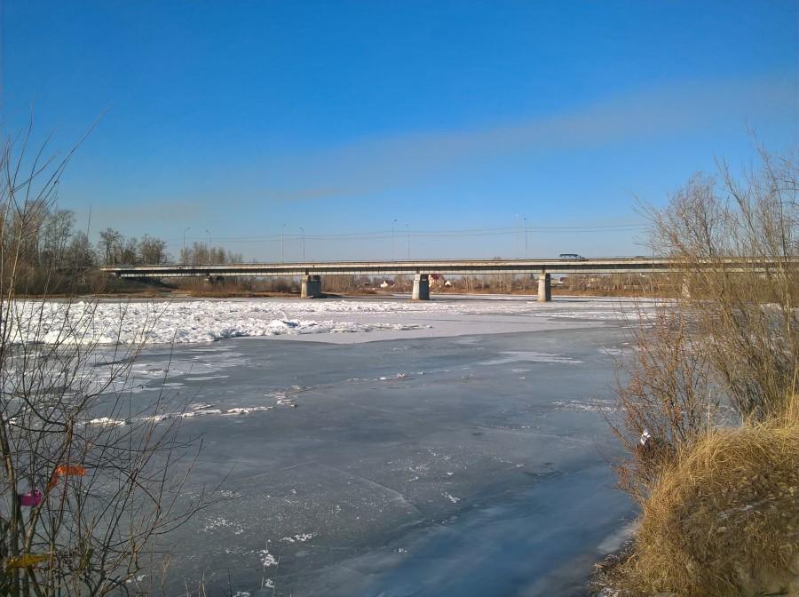 В Ангарске девятилетний мальчик утонул, провалившись под лед