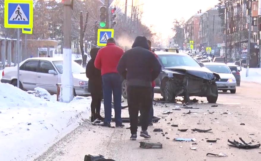 ДТП с автобусом в Ангарске (видео)