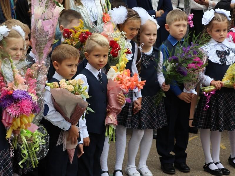 Прием заявлений от родителей будущих первоклассников в школах АГО начнется 1 февраля