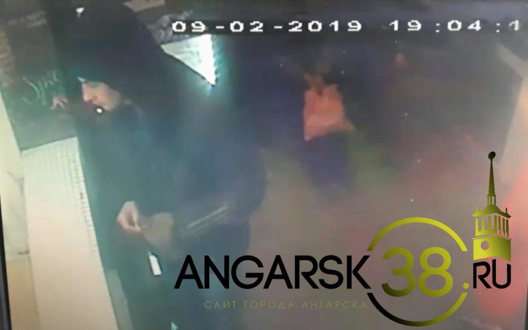 Воровать нехорошо (видео похищения телефона в одном из киосков Ангарска)