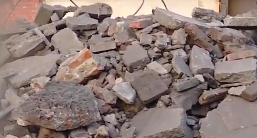 В Ангарске снесли здание Водоканала (видео)