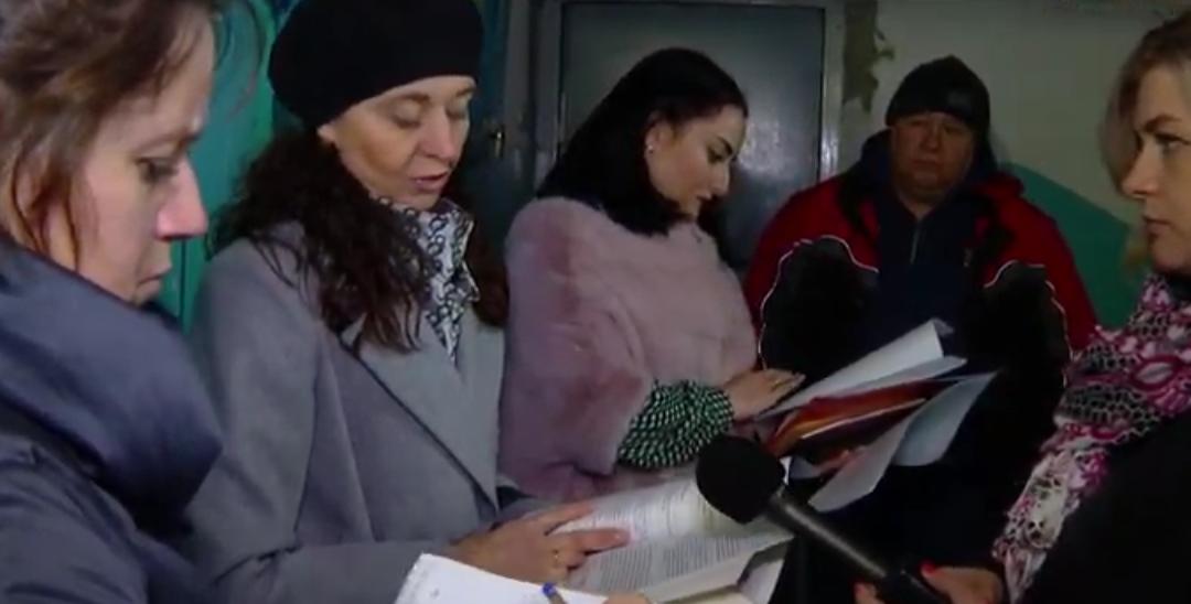 Подрядчик сорвал последнюю приёмку лифтов в Ангарске (видео)