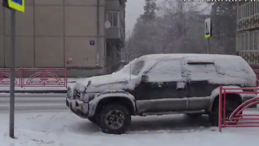 В Ангарске на пешеходном переходе сбили ребенка (видео)