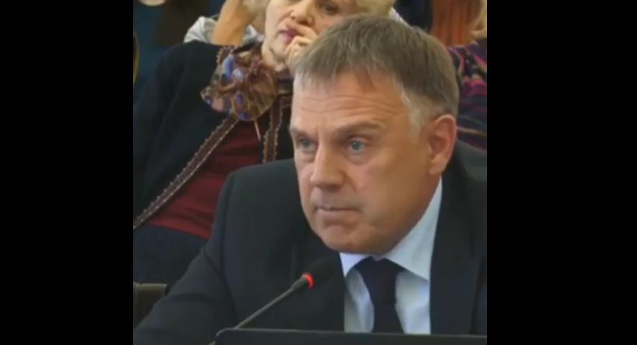 Ангарская Дума отклонила требование губернатора Левченко об отставке мэра Петрова (видео)