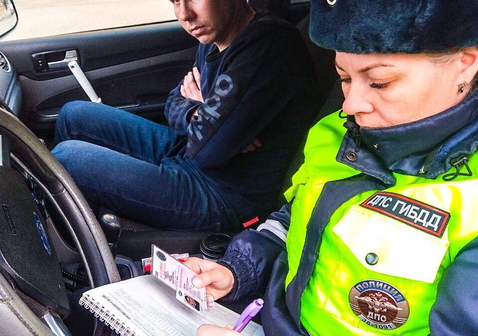 В Ангарске экипажи ДПС ежедневно осуществляют контроль за безопасностью дорожного движения вблизи школ и детсадов