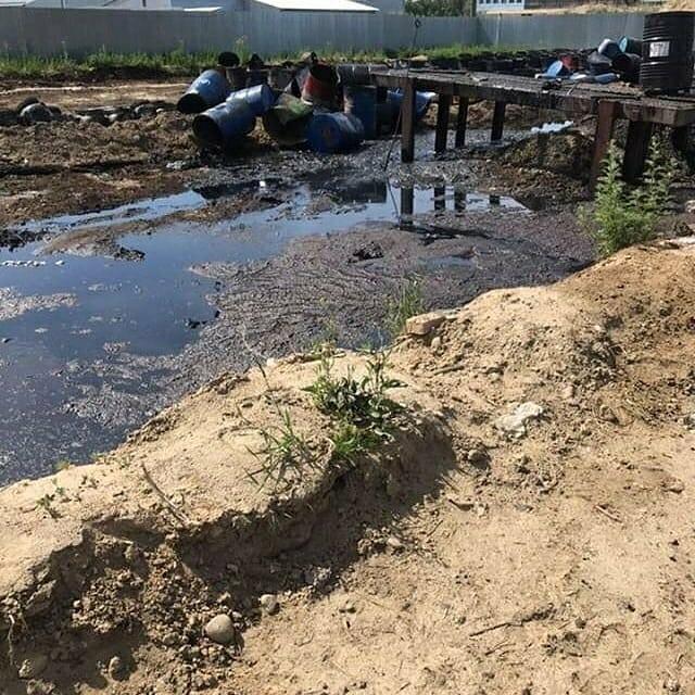 В Ангарске сливают отходы ГСМ прямо в землю? (видео)