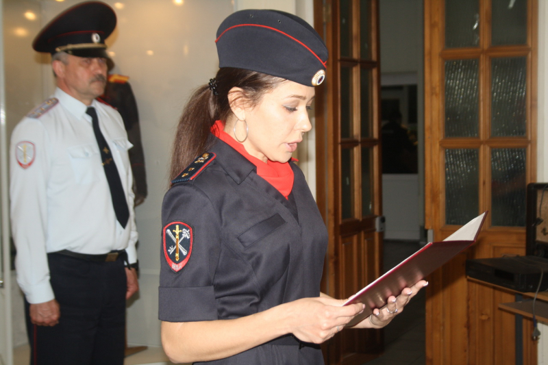 В Ангарске молодые сотрудники полиции принесли Присягу