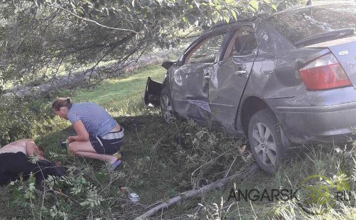 Результат неудачного угона в микрорайоне Китой города Ангарска: ДТП и двое в реанимации (+видео)