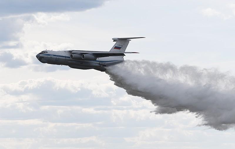 Военные рассчитывают потушить очаги пожаров в Сибири и на Дальнем Востоке за пять суток