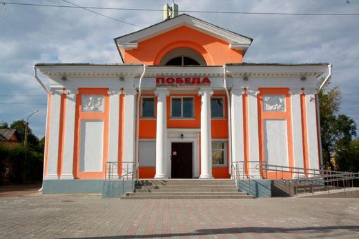 Выставка «Города-побратимы» открылась во дворце ветеранов «Победа».