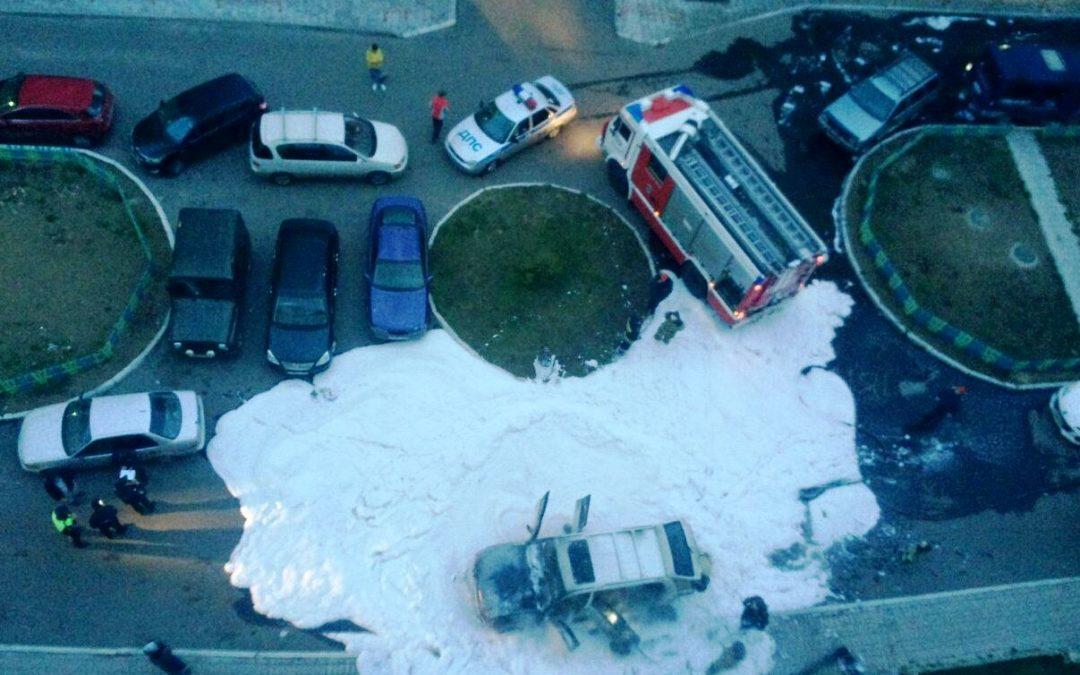 В Ангарске сгорел автомобиль. Видео.