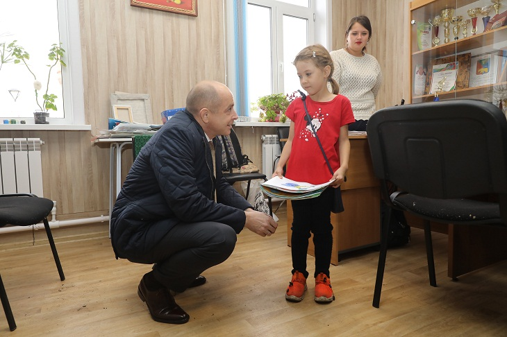 Сергей Сокол внес проект закона о бесплатном питании в школах.