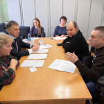 Сергей Петров провёл личный приём граждан вчера, в День Конституции.