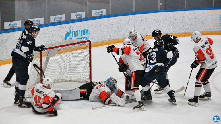«Ермак» проиграл в выездном матче ХК»Динамо» со счетом 4:5.