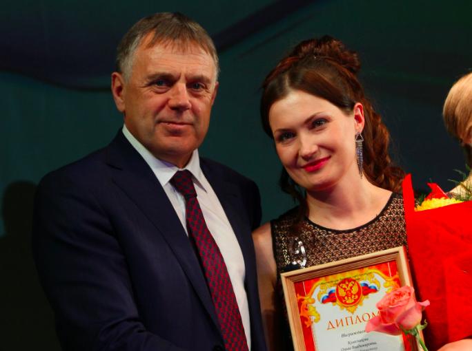 «Учителем года — 2020» стала преподаватель информатики школы № 3 Ольга Колесникова.