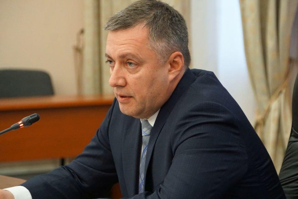 Кобзев заявил о возможном запрете на въезд автомобилей в Листвянку.