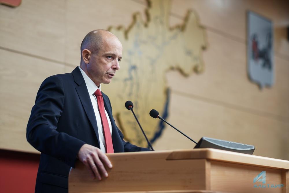 Сергей Сокол сложил полномочия председателя ЗС Иркутской области