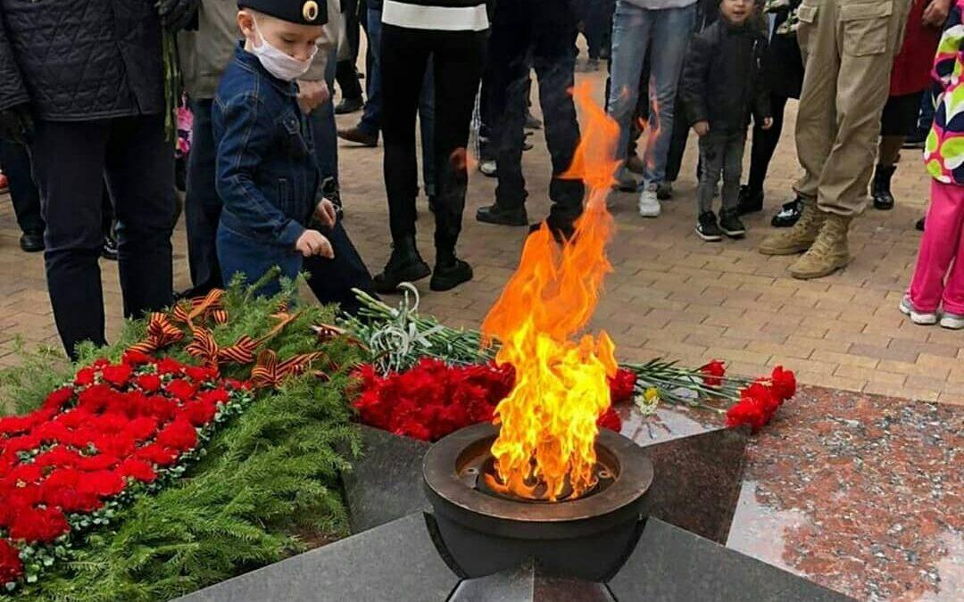 В Ангарске в День Победы зажгли огонь памяти