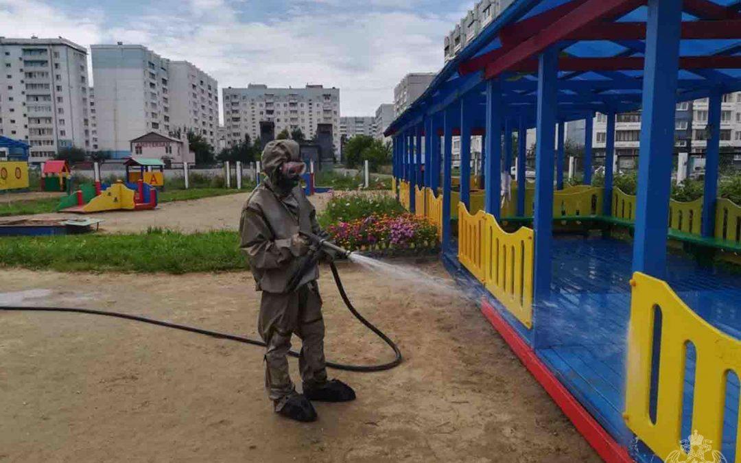 Росгвардия в Ангарске проводит дезинфекцию детских учреждений