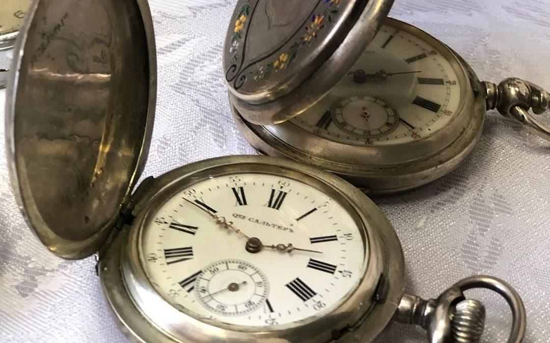 Ангарский музей часов принял щедрый дар от немецкого коллекционера