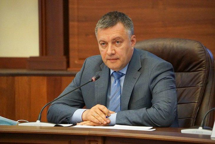 Игорь Кобзев поручил разобраться с нехваткой лекарств в аптеках
