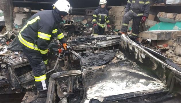 В гаражном кооперативе взорвался автомобиль