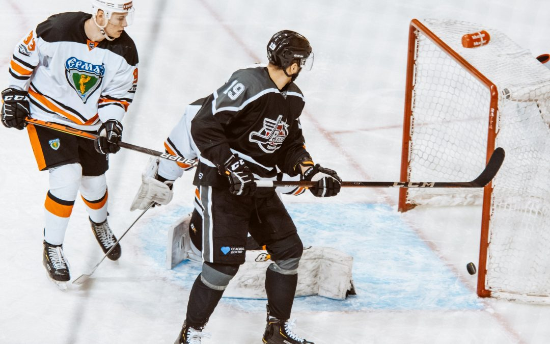 """Хоккей. ВХЛ. """"Рубин"""" (Тюмень) – """"Ермак"""" (Ангарск) 4 – 3"""