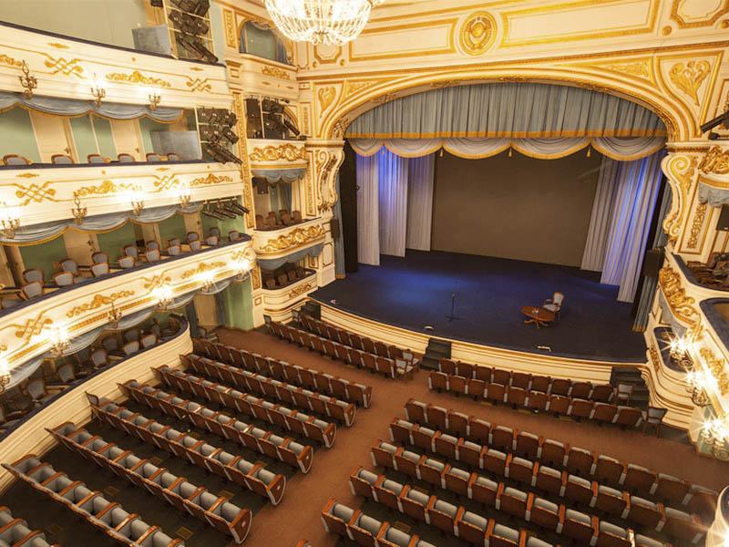 Театры Иркутской области возобновят работу в феврале