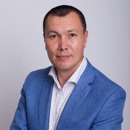 Евгений Сарсенбаев может принять участие в выборах в Госдуму России