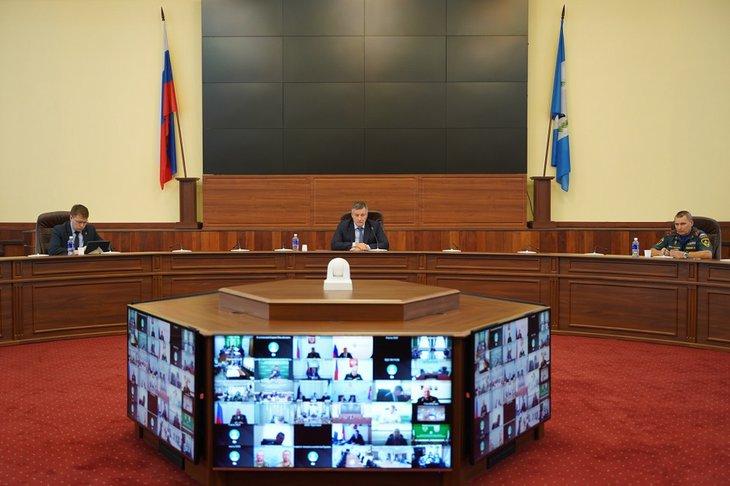 Режим ЧС в Иркутской области и Якутии