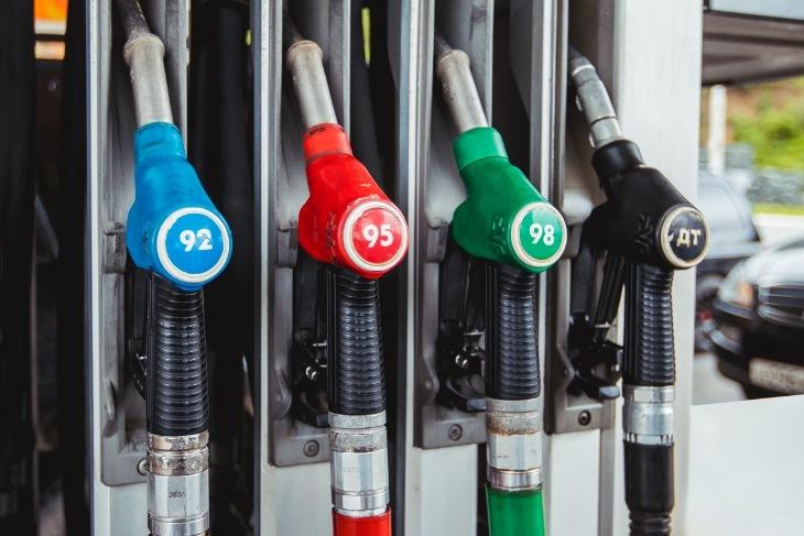 Цена за литр бензина в Иркутске к сентябрю перевалила за 51 рубль.