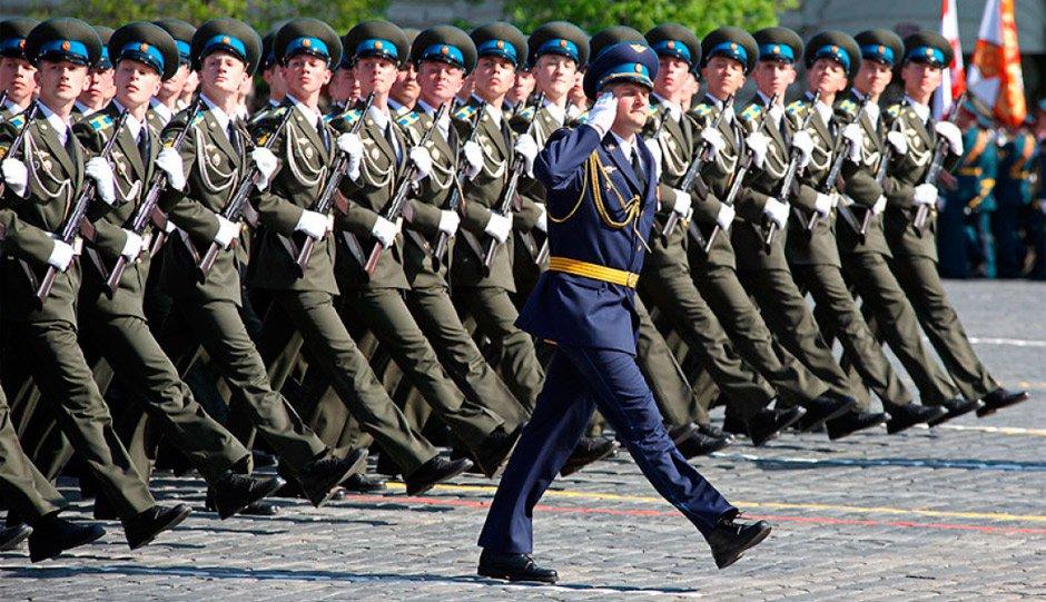 Владимир Путин объявил о повышении выплат военным на 5% в 2023 году.