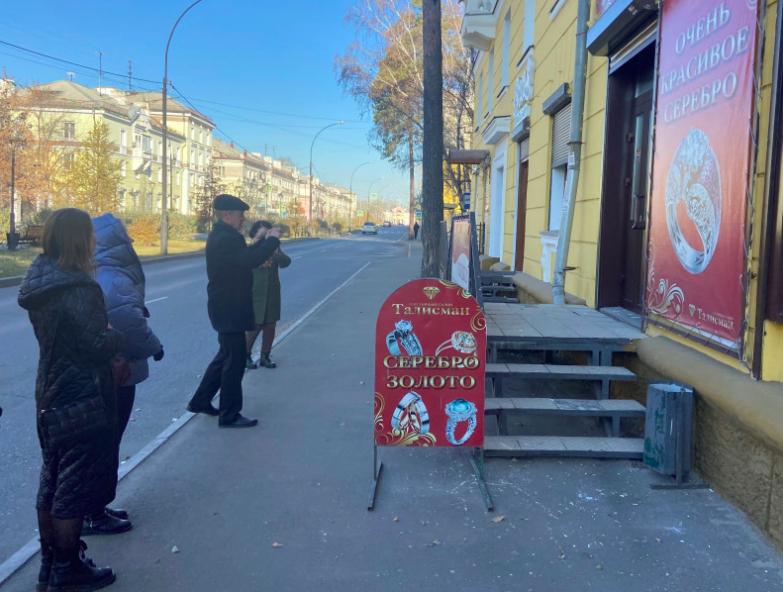 Более 500 нарушений размещения информационных и рекламных конструкций выявлены в Ангарске с начала года.